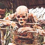 Post thumbnail of Kukukukus, los fabricantes de momias