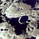 Post Thumbnail of Descubren gran cantidad de agua helada en cráteres lunares