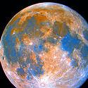 """Post Thumbnail of La Luna, """"llena de colores"""" y con 10 veces más titanio que la Tierra"""