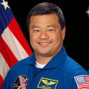 Post Thumbnail of Astronauta relata su experiencia con OVNIs en la Estación Espacial Internacional