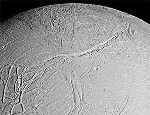 Superficie de Encelado.