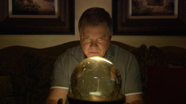 "William Shatner. ""Weird or What"". (Credito: SyFy)"