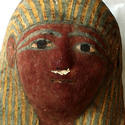 Post thumbnail of Detectan feto momificado en un pequeño sarcófago egipcio