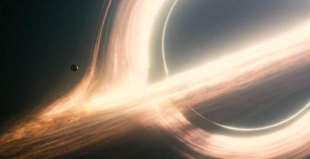 ¿La mejor representación de un agujero negro hecha por Hollywood?