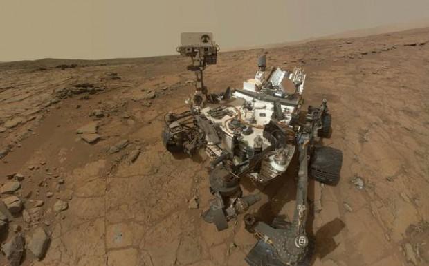 Rover Curiosity.