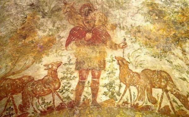 «El Buen Pastor» retratado en las Catacumbas de Domitilla (Cripta de Lucina, 200-300 d.C.).