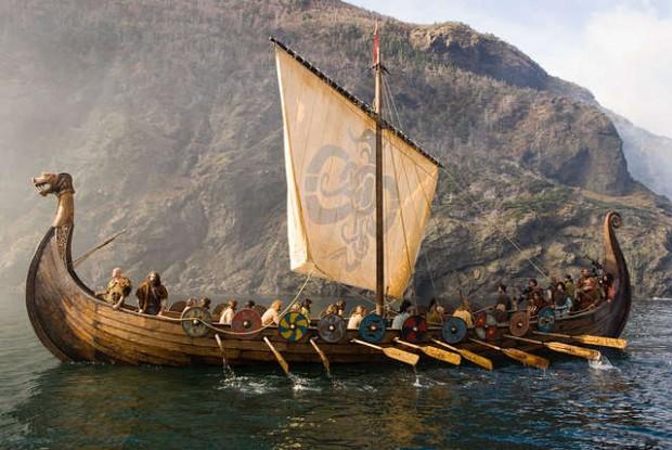El drakkar o långskip fue el mayor exponente del poderío militar de los escandinavos, que lo consideraban como su más valiosa reliquia.