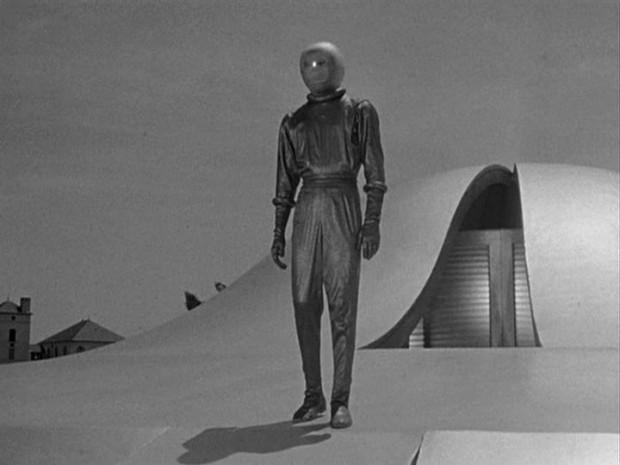 Escena de la película 'EL DÍA QUE PARALIZARON LA TIERRA' (1951).