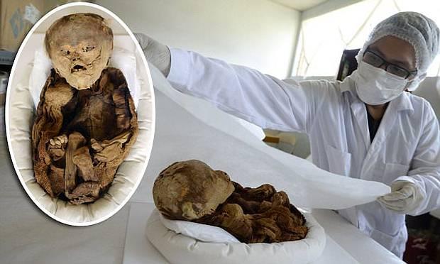 momia-bebe-peru