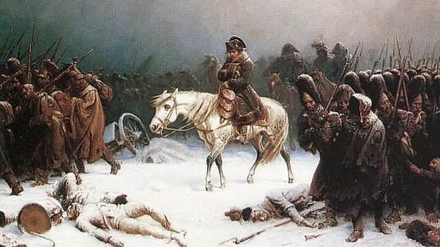 Napoleón retirándose tras la terrible Campaña de Rusia entre junio y diciembre de 1812.
