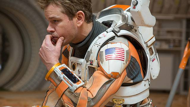 El actor Matt Damon interpreta al astronauta de la NASA Marc Watney.