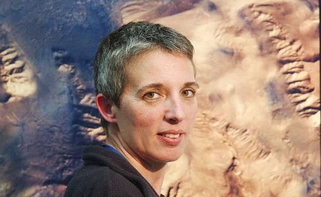 Dra. Nathalie Cabrol. Investigadora Científica Senior y Directora del Centro Carl Sagan.