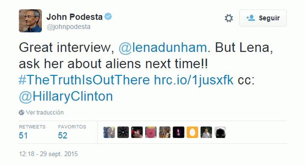 «Gran entrevista, @lenadunham. Pero Lena, pregúntale sobre los alienígenas la próxima vez!! #TheTruthIsOutThere http://hrc.io/1jusxfk  cc: @HillaryClinton».