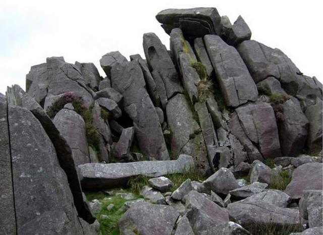 Piedras azules en Carn Menyn, Gales.