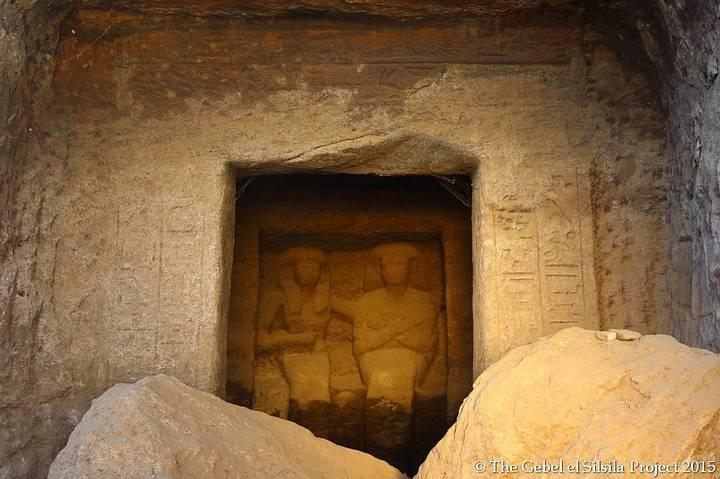 Estatuas halladas en la capilla 30.