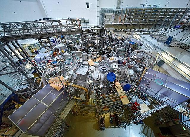 El hecho fue recibido como un enorme avance en el reactor estelar (Stellarator) del Instituto Max Planck, una cámara cuyo diseño es diferente de los dispositivos de fusión tokamak que se usan en otros lugares.
