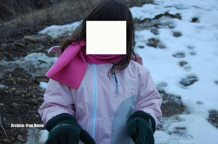 La niña cuenta sobre aspectos físicos y características que concuerdan con la fisonomía de su abuela fallecida y a la que nunca conoció.