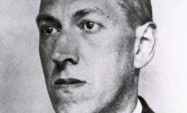 Howard Phillips Lovecraft. Se le considera un gran innovador del cuento de terror, al que aportó una mitología propia (los mitos de Cthulhu).