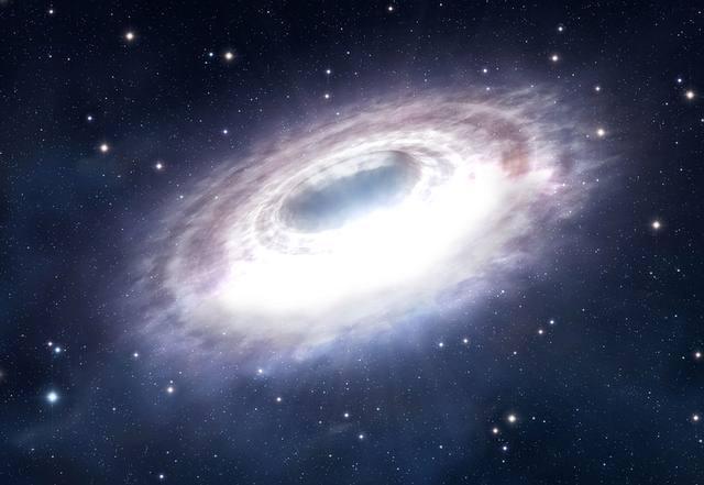 En algún lugar dentro de los 33 años luz centrales de la Vía Láctea, hay una fuente astrofísica capaz de acelerar protones a energías de aproximadamente un petaelectronvoltio (PeV) de forma continua durante al menos 1.000 años.
