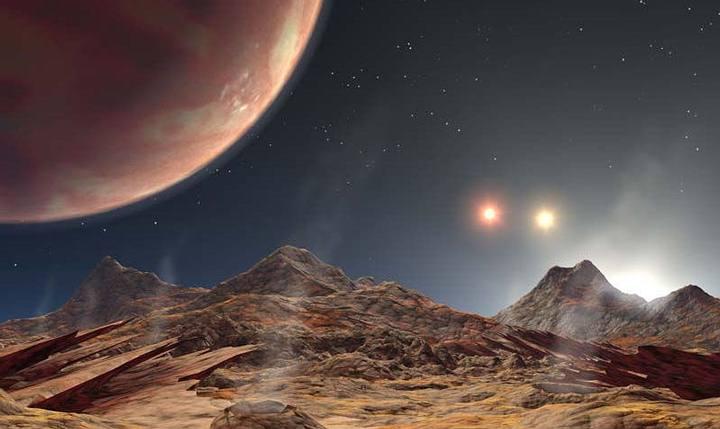Los investigadores sugieren que la vista desde KELT-4Ab probablemente sería una donde la estrella anfitriona, KELT-A, aparecería en el cielo aproximadamente cuarenta veces más grande que nuestro sol, debido su proximidad. Las otras dos estrellas que orbita, por el contrario, aparecerían mucho más tenues debido a su gran distancia, brillando no más que nuestra luna.