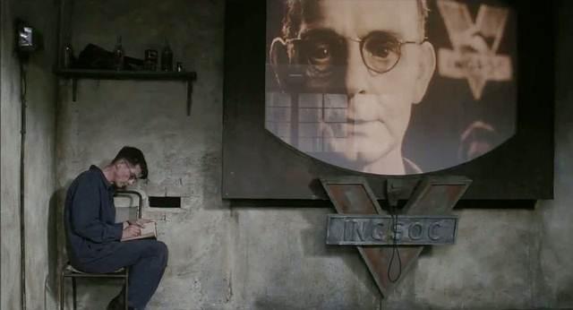 El «Gran Hermano» observa a William Hurt, película de 1984.
