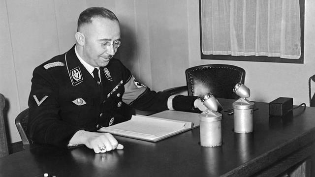 Heinrich Himmler, el líder de las SS, el 1 de enero de 1939.
