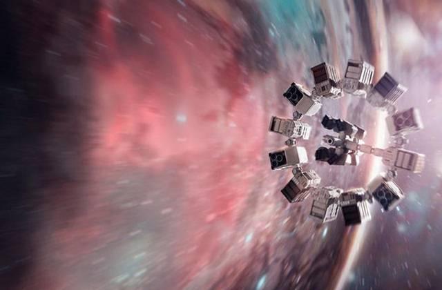 Es improbable que el protagonista de 'Interstellar' (imagen) pudiera sobrevivir a un viaje así.