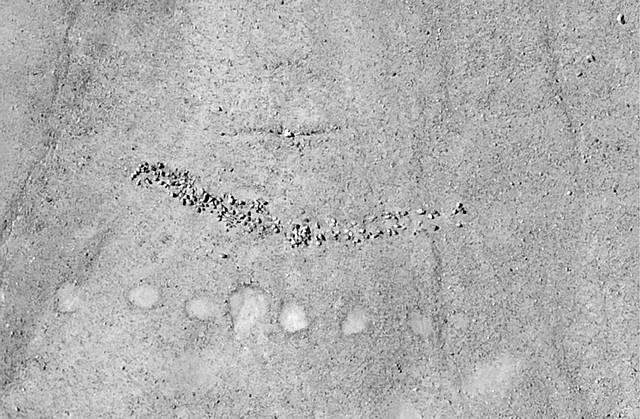 peru-geoglyphs-cairns