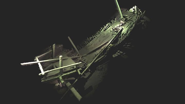 Barco de la época medieval que se conocía por las fuentes históricas pero que nunca se había visto tan completo. El modelo fotogramétrico ha sido creado con 4.500 fotografías de alta resolución, tomadas con las cámaras del ROV.
