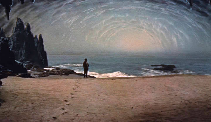 En su novela 'Viaje al Centro de la Tierra', el autor Julio Verne describe la existencia de un gran océano interior navegable.