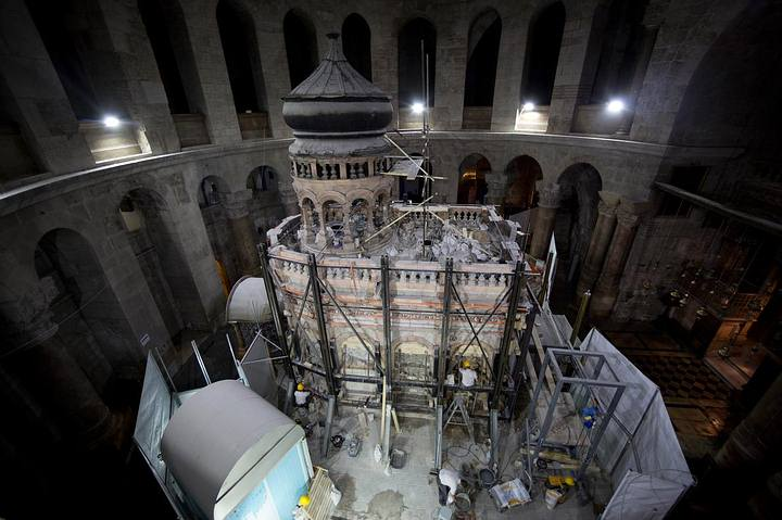 Las vigas de acero serán retiradas una vez que la restauración sea completada.