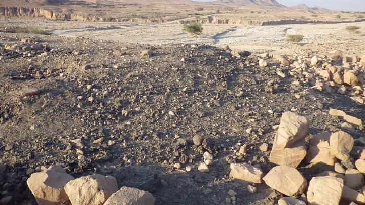 Lecho del ahora seco río Wadi Faynan.