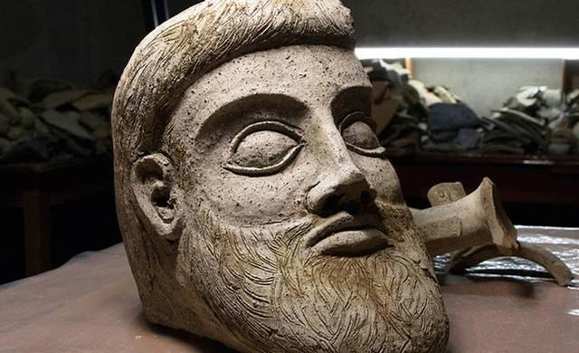 estatua-dios