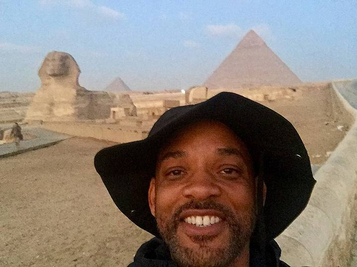 Will Smith en su reciente visita a la meseta de Guiza, Egipto.