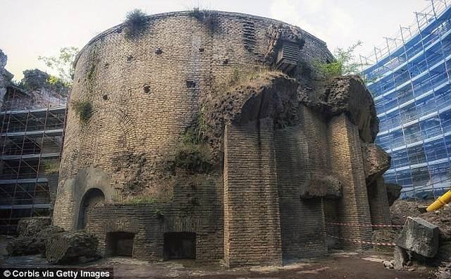 augusto-mausoleo