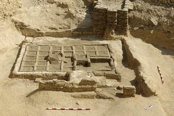 Los restos del jardín recientemente descubierto en Lúxor.