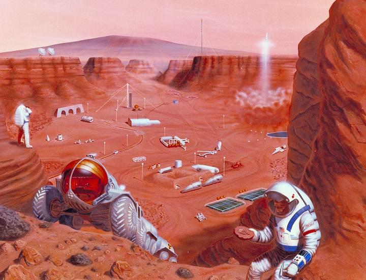 Al igual que Hawking, Elon Musk, el excéntrico visionario detrás de Tesla Motors y SpaceX, piensa que debemos colonizar otros mundos por una «razón defensiva», como un medio para encontrar otros entornos de vida, ya que considera que el hombre necesita dejar de habitar el planeta para convertirse lo más rápido posible en una especie multi-planetaria.