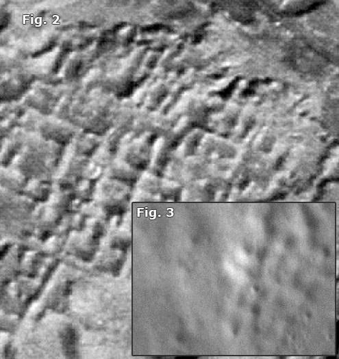Fig. 2- Vista aérea de ancestrales ruinas asirias en Assur cuyo patrón de «rejilla» es similar algunos encontrados en fotos de la superficie lunar (Fig. 3)