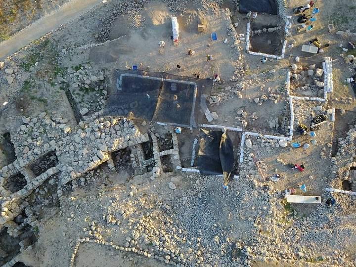 Vista aérea de unos de los sitios de excavación en Silo. Crédito: Associates for Biblical Research.