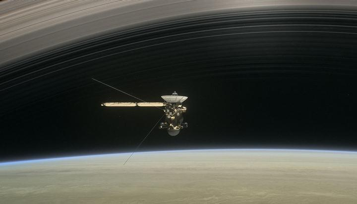 cassini-5orbitstogo
