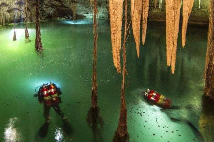 Arqueólogos buscarán el inframundo maya bajo la pirámide de Kukulcán Cenote