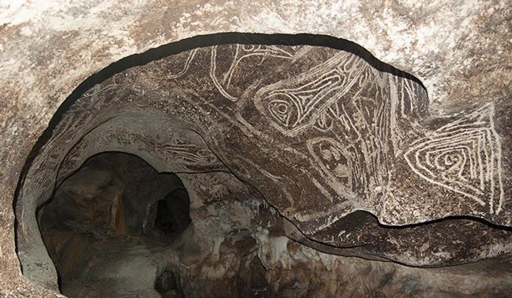 taina-cave-art1