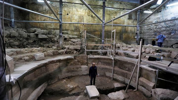 teatro-romano-muro-lamentos2