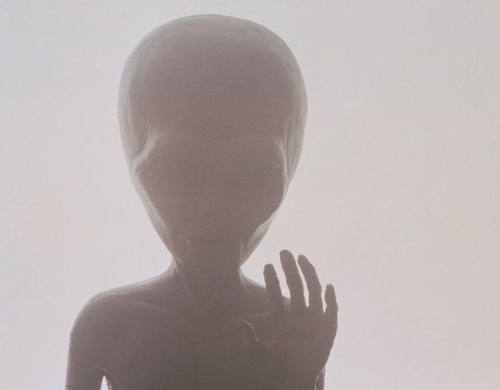 alien-gray