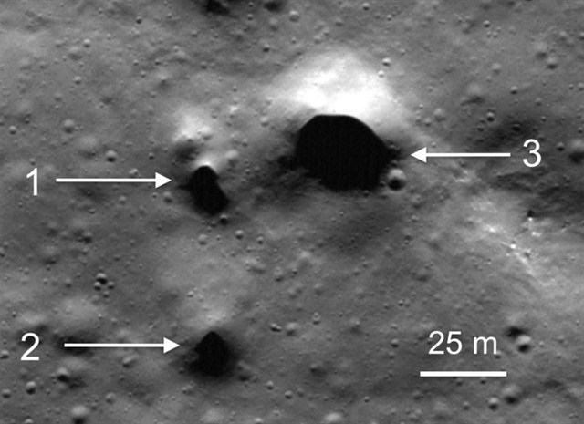 entrada-tuneles-luna-polo-norte