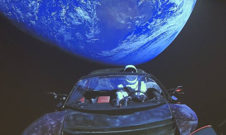 starman-tesla-roadster1