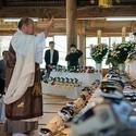 Post thumbnail of Dentro del templo budista que hace funerales para perros robot