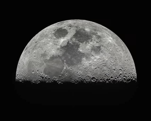 Foto de la Luna. Crédito: Miguel Claro (www.miguelclaro.com).