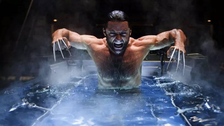 En el universo ficticio de Marvel, Wolverine posee poderes regenerativos que pueden curar cualquier herida, por mortal que ésta sea, además ese mismo poder hace que sea inmune a cualquier enfermedad existente en la Tierra y algunas extraterrestres.